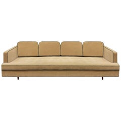 Edward Wormley Elegant Sofa with Mahogany Legs, 1950s