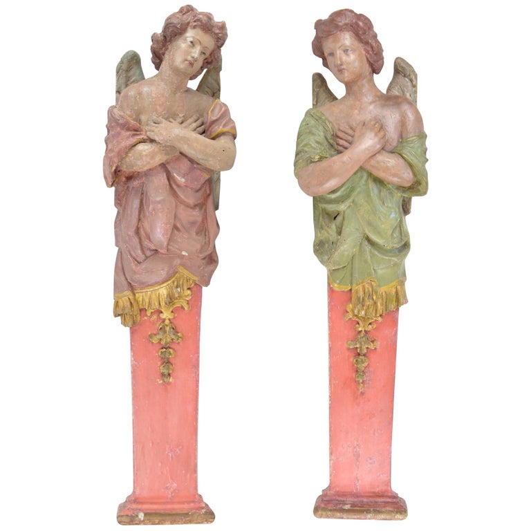 Pair of Polychrome Wooden 17th-18th Century Angel Sculptures Flemish School