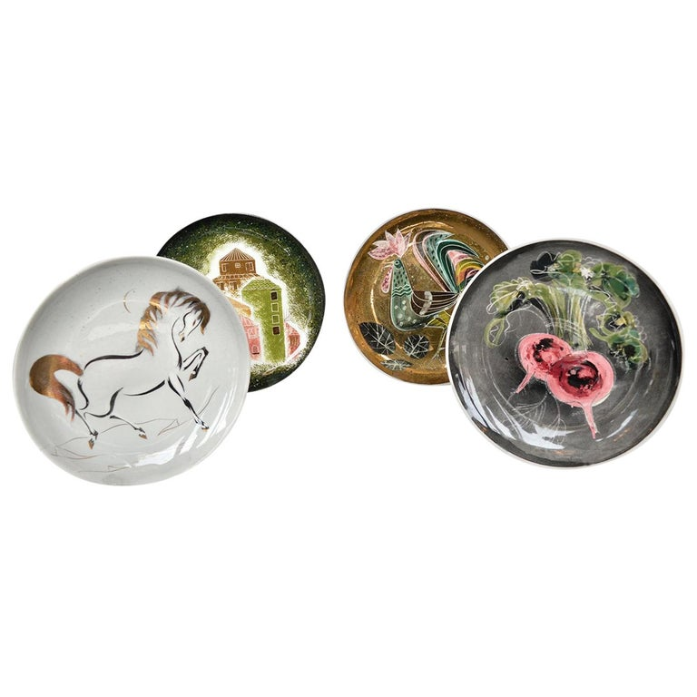 Set of Four Collectors Plates by Sascha Brastoff For Sale