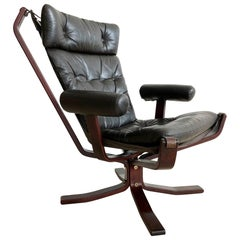 Armed 1960s Rosewood Norwegian Leather Falcon Style Chair After Sigurd Ressell