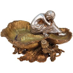 Art Nouveau Bronze Figural Card Tray or Vide-Poche with Nymph