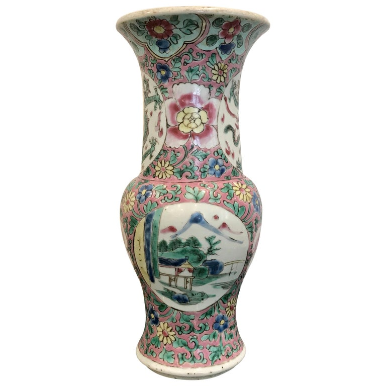 19th Century Famille Verte Chinese Export Vase