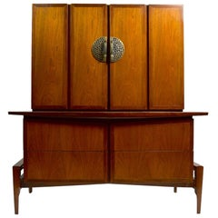 Large Helen Hobey Baker Chest on Chest