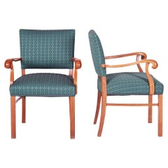 Completely Restored Pair of Art Deco Armchair, New Upholstery, Shellac Polish