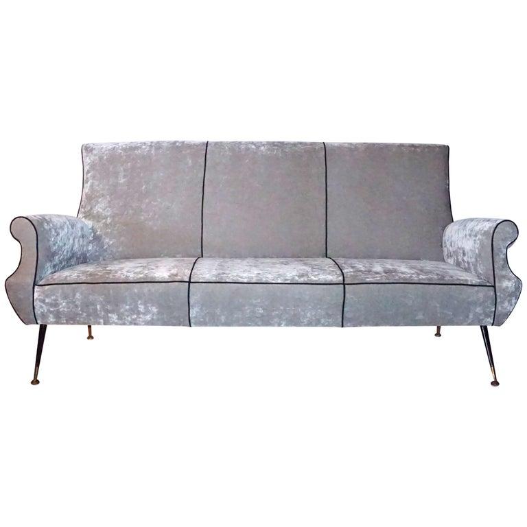 Mid-Century Modern Italian Living Room Set Designed by Gigi Radice for Minotti