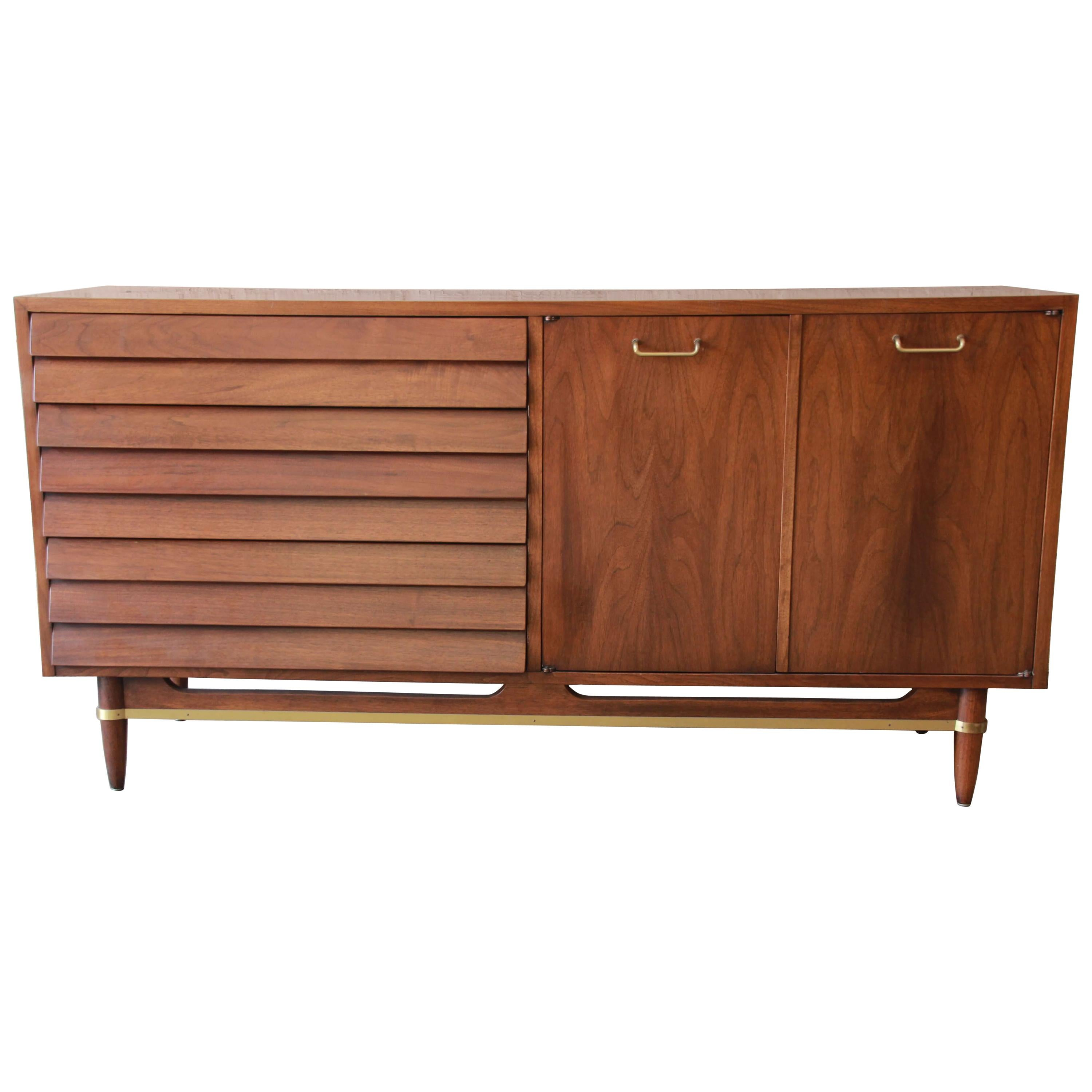 Merton Gershun For American Of Martinsville Louvered Front Sideboard  Credenza