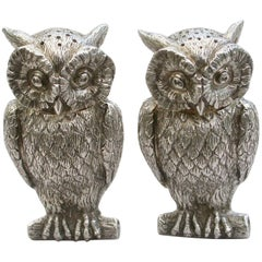 Pair of George V Cast Novelty Silver Owl Peppers, Francis Higgins, London, 1938