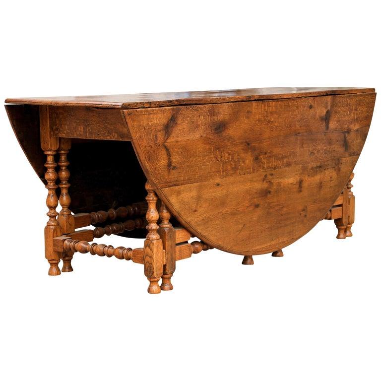 19th Century Oak Gate-Leg Drop-Leaf Table