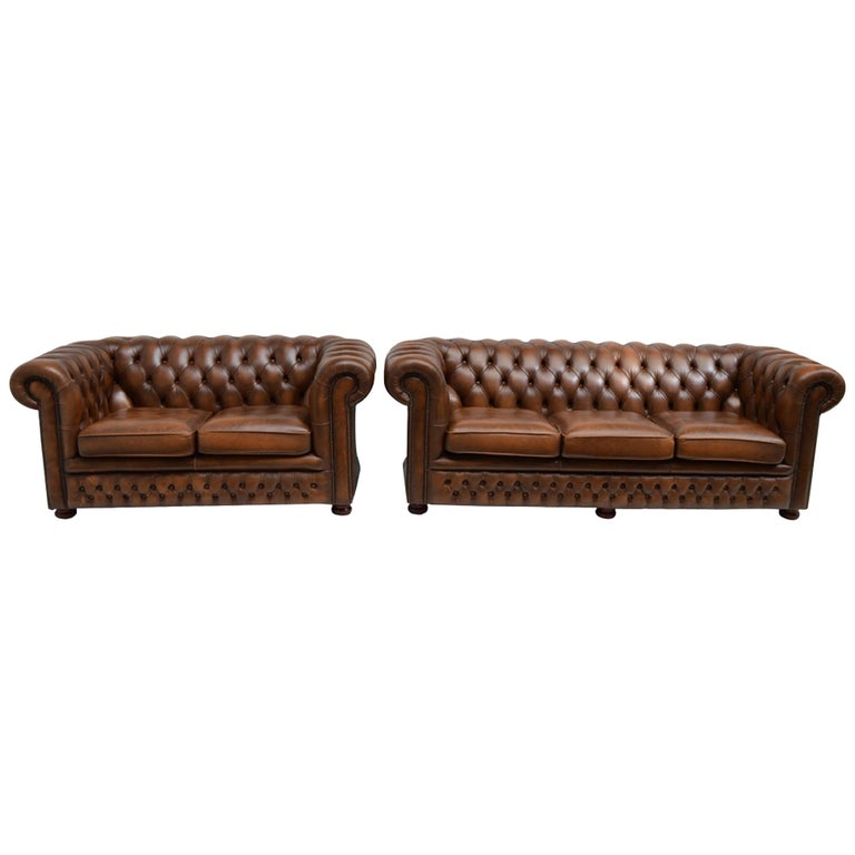 Delta Chesterfield Settee in Leather Antique Tobacco Tan