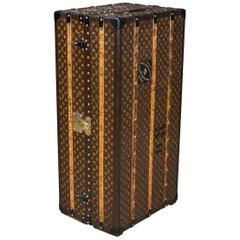 Antique 20th Century Louis Vuitton Monogram Wardrobe Trunk, circa 1910