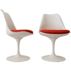 Pair of Tulip Chairs by Eero Saarinen