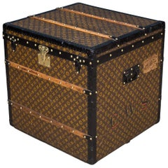 Antique 20th Century Rare Louis Vuitton Hat Trunk, circa 1900