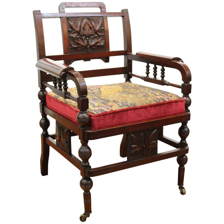 american renaissance chair in carved mahogany with custom silk cushion for sale at 1stdibs. Black Bedroom Furniture Sets. Home Design Ideas