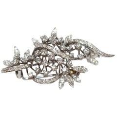 Mid-20th Century Diamond Set Foliate 18-Carat White Gold Brooch
