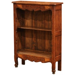 Early 20th Century French Louis XV Carved Oak Petite Bookcase from Normandy