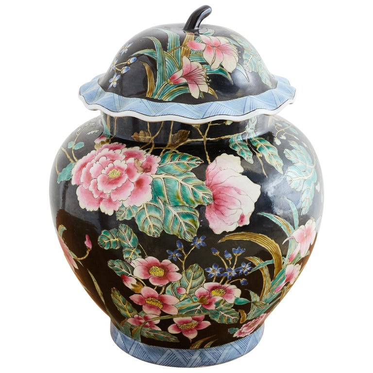 Chinese Export Famille Noir Porcelain Ginger Jar For Sale