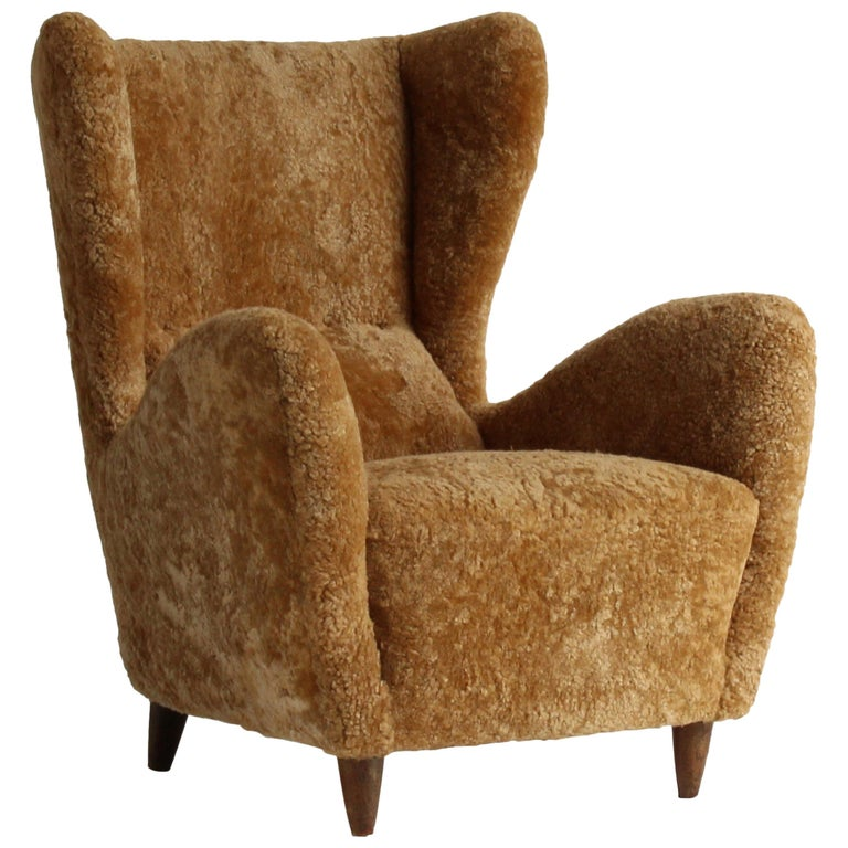 Gio Ponti, Rare Organic Lounge Chair, Dark Stained Oak, Lambskin, Italy, 1940s