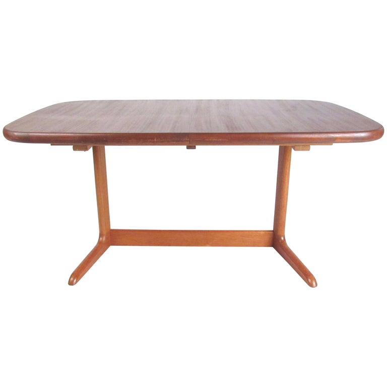 Scandinavian Modern Teak Oval Dining Table