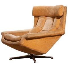 1960s, Golden/Beige Velvet Swivel Lounge Chair 'Bamse' by Bra Bohag AB Sweden