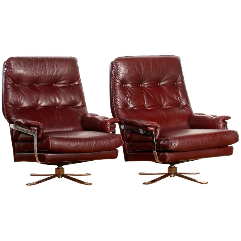 Lounge Set, Leather Two Swivel Chairs and Ottoman by Arne Norell, circa 1960s