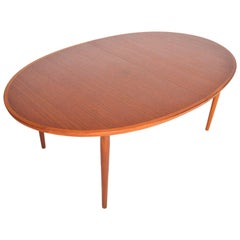 Arne Vodder Model 212 Oval Dining Table in Teak