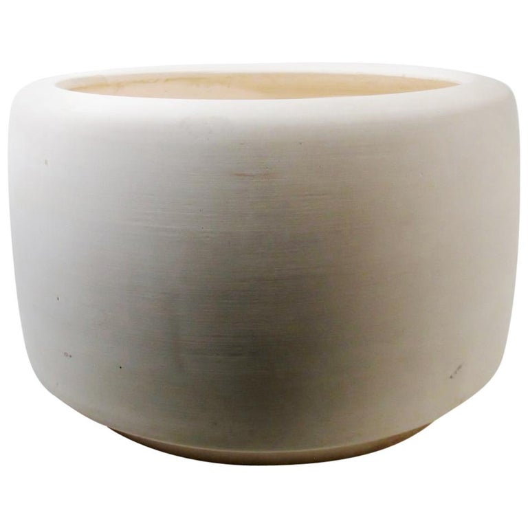 "John Follis & Rex Goode 1960s Architectural Pottery Bisque ""Tire"" Planter For Sale"
