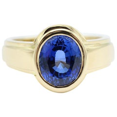 Oval Blue Sapphire Ring, 18 Carat Yellow Gold