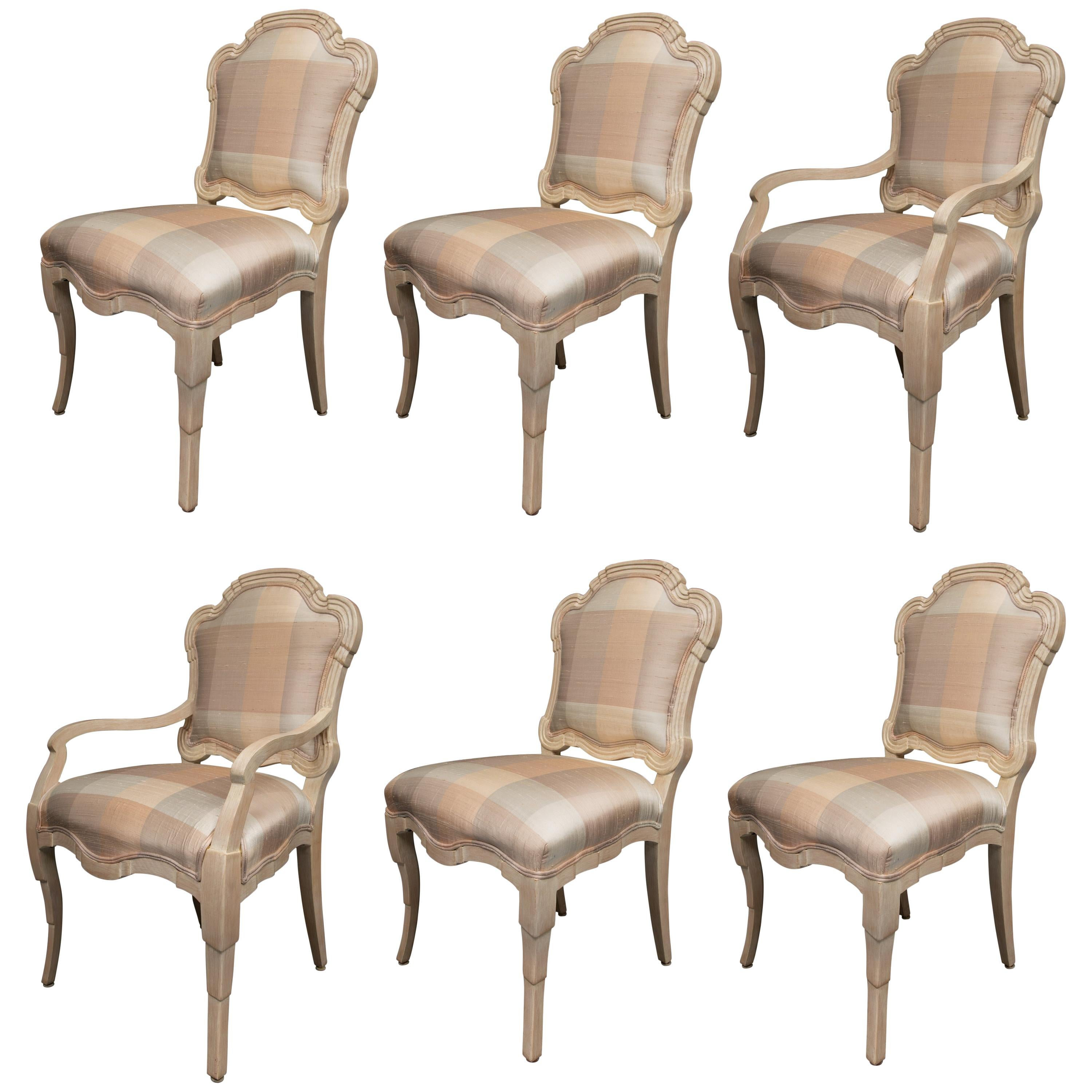 Merveilleux Set Of Six Cream Painted Stylized Louis XVI Style Upholstered Dining Chairs  For Sale