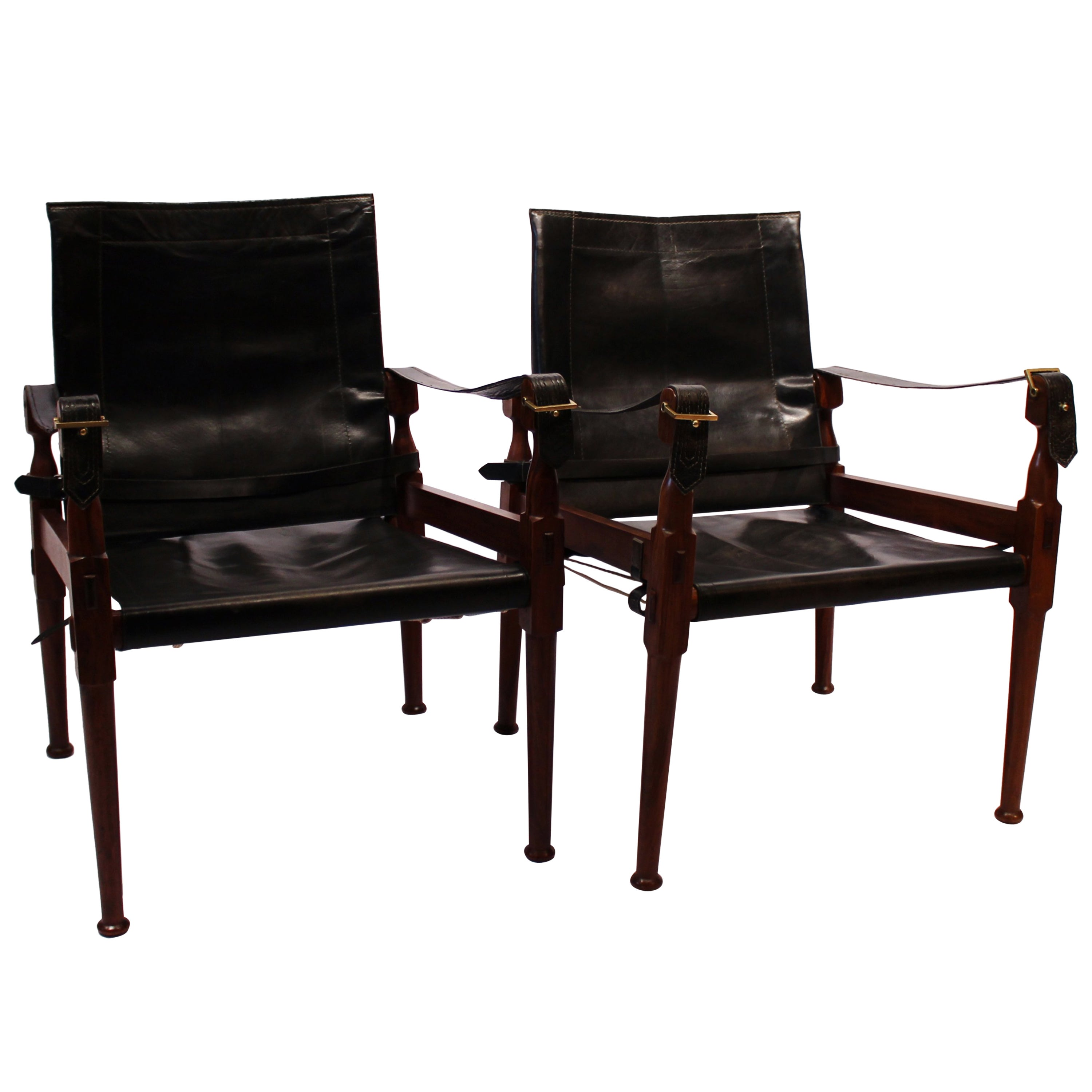 Pair of Safari Chairs in Walnut and Black Patineret Leather, 1960s
