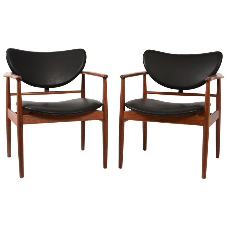 Finn Juhl by Niels Vodder, Pair of Armchairs, Model NV48 For Sale