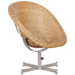 1960s, Rattan Swivel Chair by Dirk Van Sliedregt for Gebroeders Jonkers