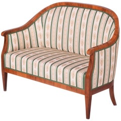 Completely Restored Biedermeier Walnut Sofa from Austria, Wien, 1820-1829