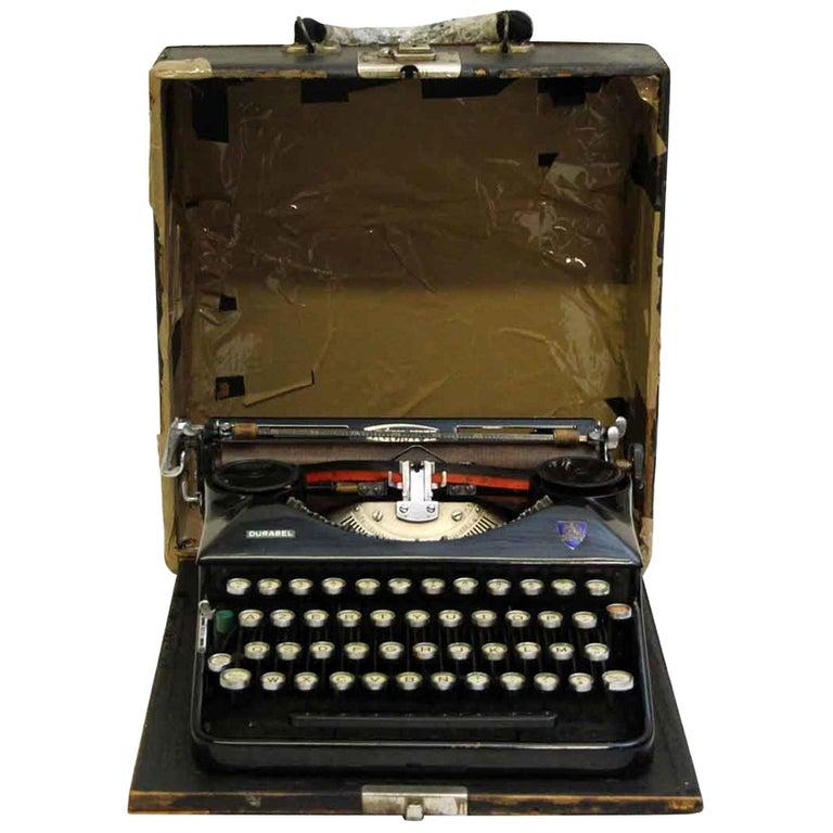 1940s French Triumph Typewriter
