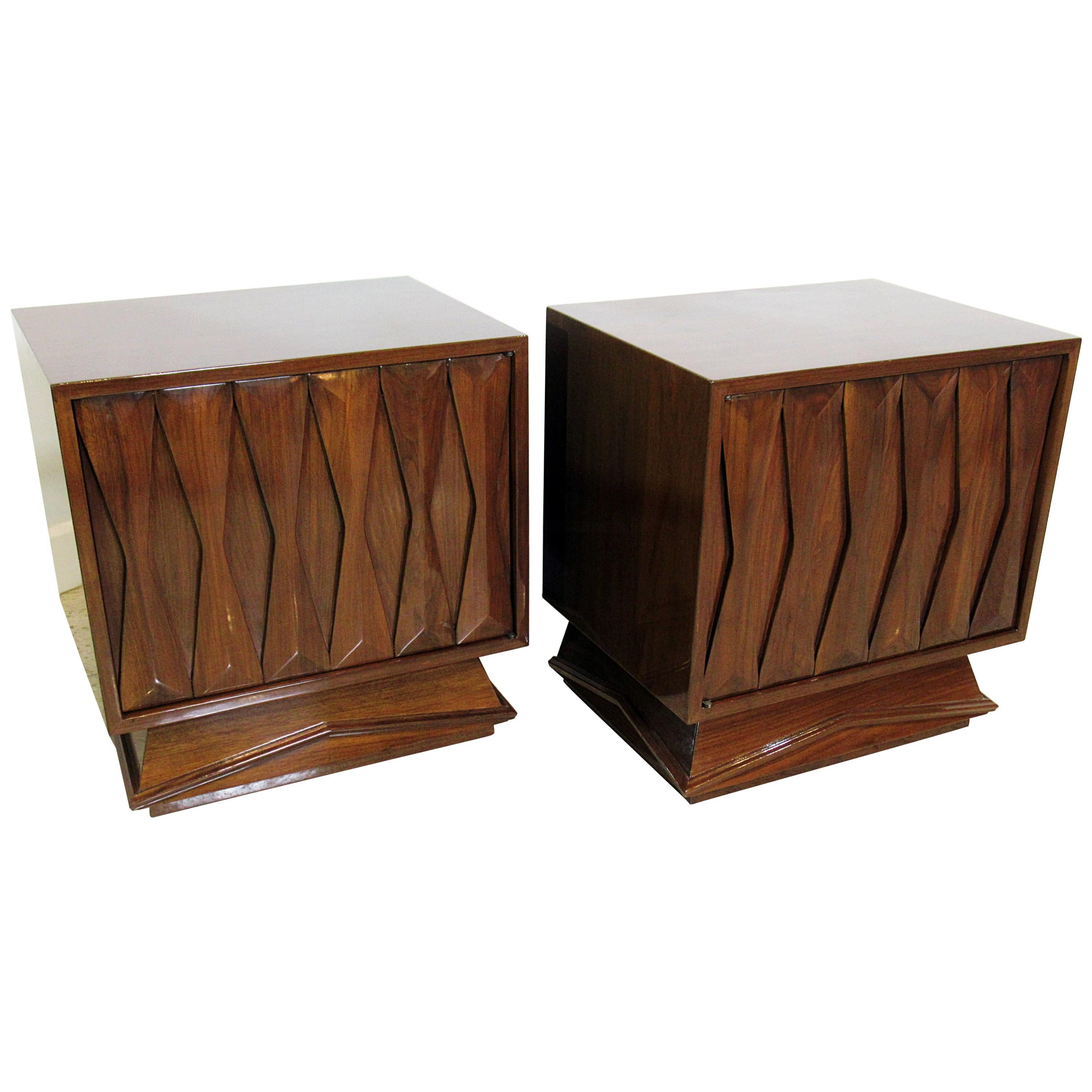 Pair Of Italian Modern Walnut Bedside Tables, Style Of Gio Ponti, 1950s