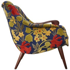 Danish Classic Lounge Design with Slight Winged Arms and Frank Jozef Upholstery