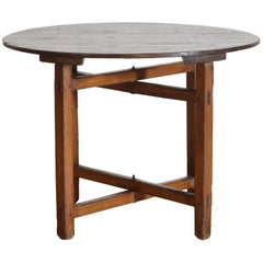 Italian Upland Pinewood (Larice) Folding Table from the early 19th century