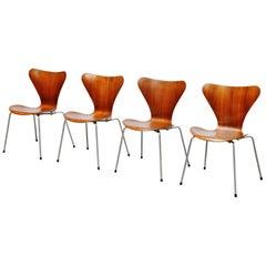 Arne Jacobsen 3107 Butterfly Chair Fritz Hansen, 1955