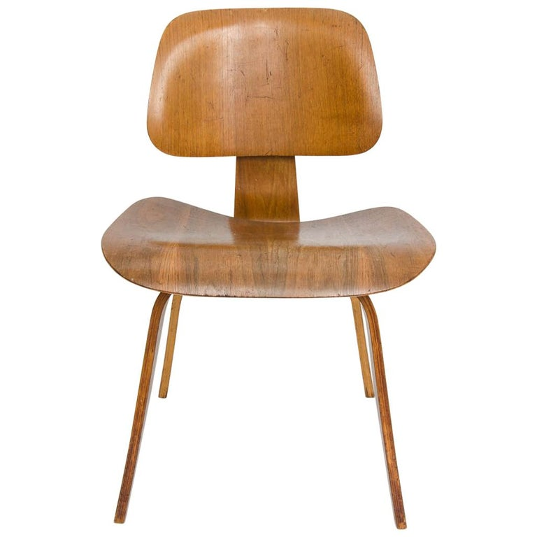 Early DCW Chair by Charles Eames for Evans, 1940s For Sale