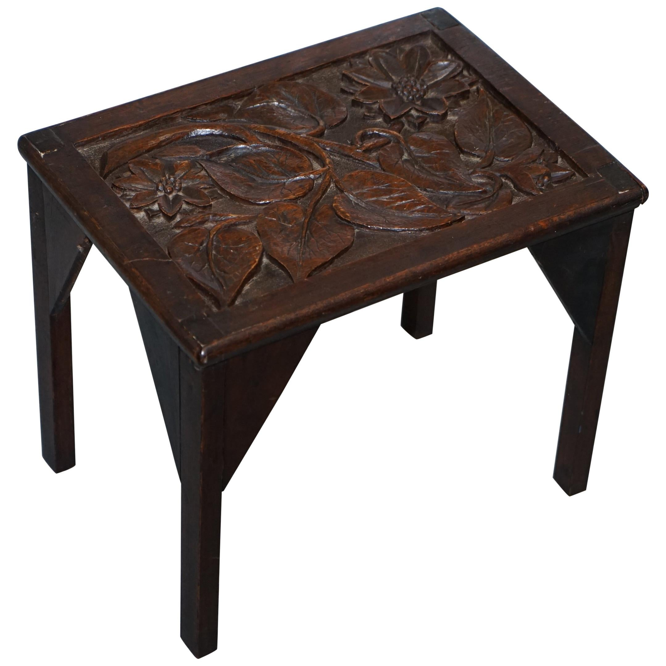 Gentil Sweet Little Libertyu0027s London English Oak Small Side Table Hand Carved  Floral