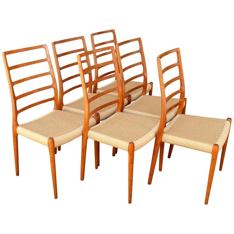 Set of Six Teak Ladder Back NO Moller Dining Chairs Model 82, Newly Woven Serats