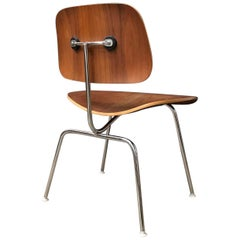 1946, Ray and Charles Eames for Herman Miller, Dcm Chair in Wooden Version
