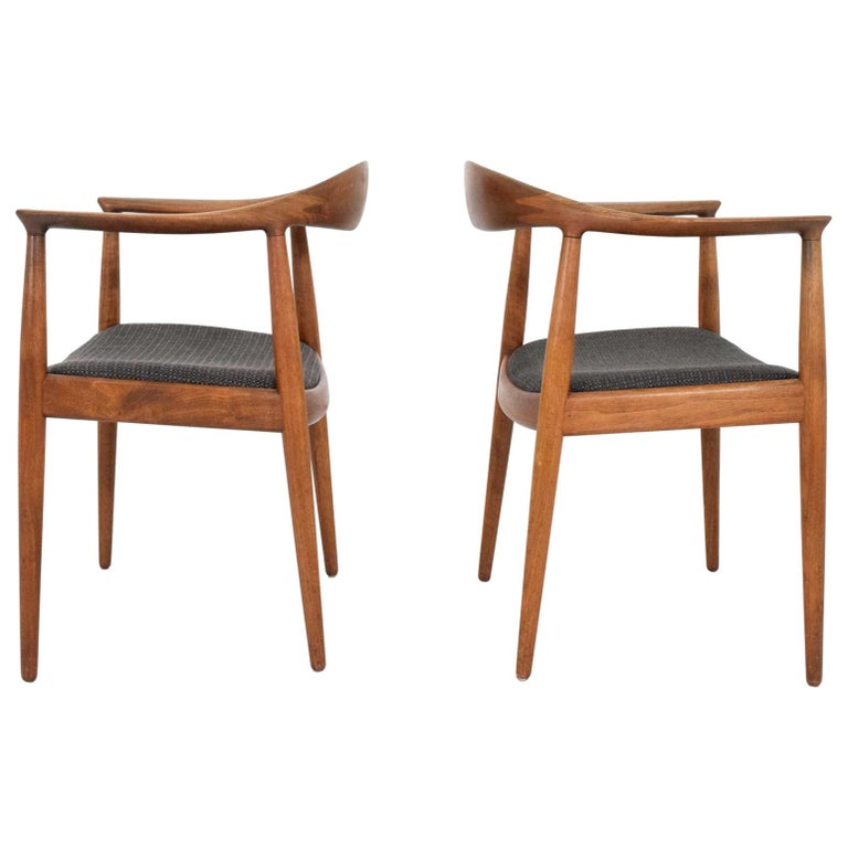 Pair of Hans Wegner Round Chair/The Chair by Johannes Hansen