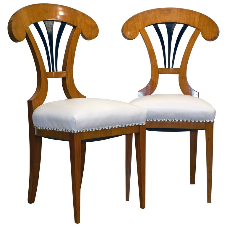 Pair of Austrian Fruitwood Side Chairs with Ebonized Fan-Shape Splats For Sale