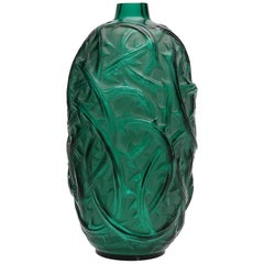 1921 Rene Lalique Ronces Vase in Emerald Green Glass