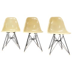 Mid-Century Modern Signed Charles Eames for Herman Miller Eiffel Shell Chair