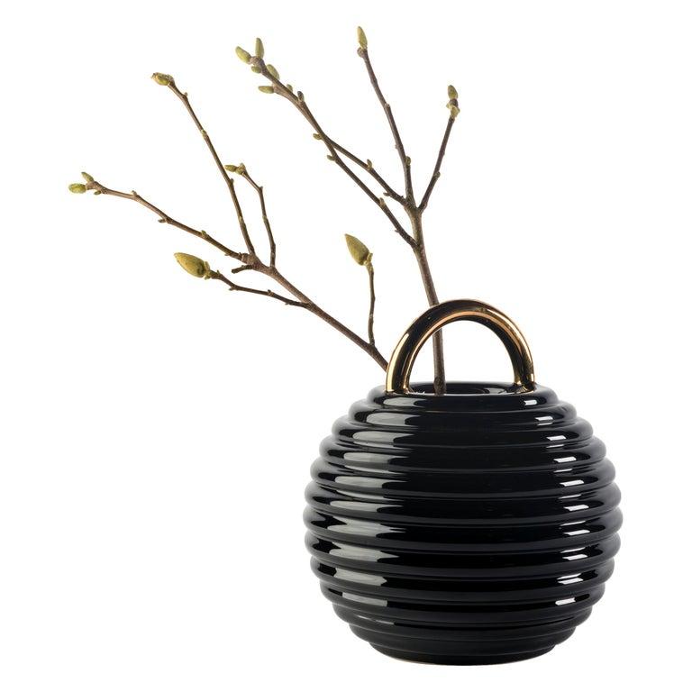 Grasso Lines Ceramic Vase in Black by BD Barcelona