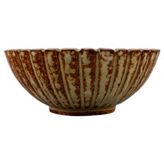 Arne Bang Pottery Bowl, Beautiful Glaze in Brown Shades