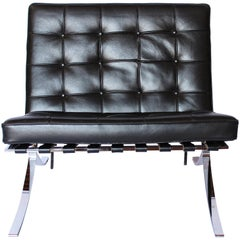 Techno Barcelona Easy Chair in Black Leather of Italian Design, 2000s
