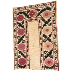 20th Century vintage Uzbek Suzani Embroidery, curtain embroidered antique rugs