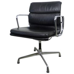 EA 207 Soft Pad Office Chair by Ray & Charles Eames for Herman Miller, 1980s
